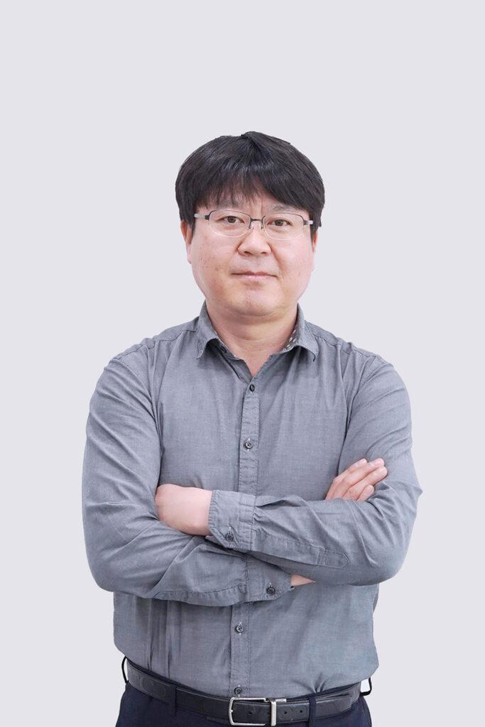 Kihyun (Kenny) Hong